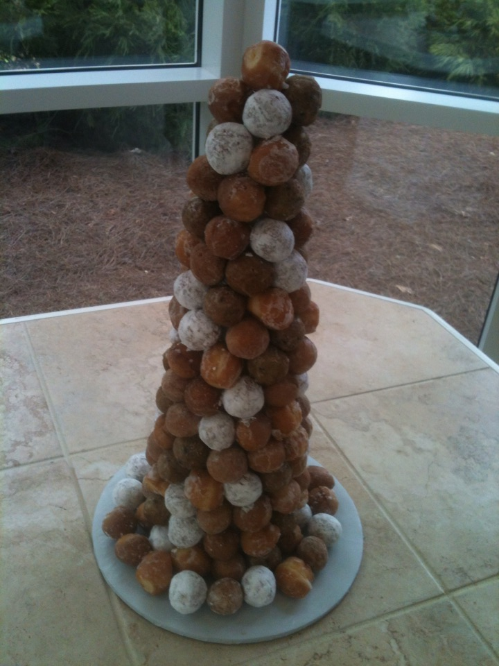 Eric's donut ball cake