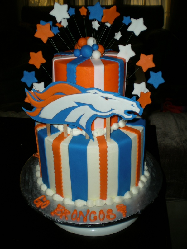 Denver Broncos Cake - Cake Envy
