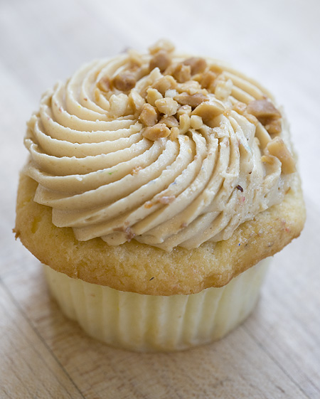 Spiced apple and brie buttercream cupcake!
